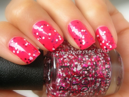 OPI_ADefiniteMoust-have_MinnieStyle