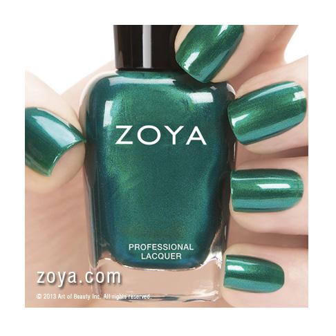 Zoya_Nail_Polish_680_GIOVANNA_HANDSHOT 400x400_C