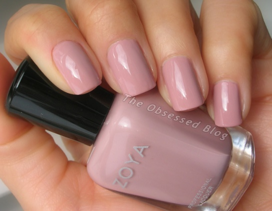 Zoya_Naturel_Rue